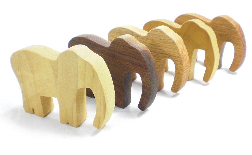 Wood Elephant Party Favor