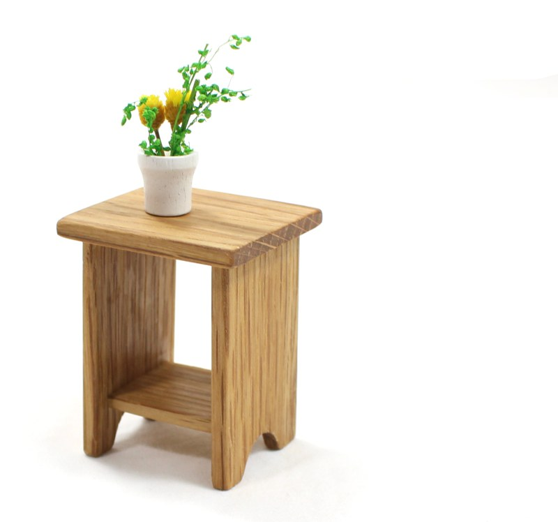 Mini Oak End Table