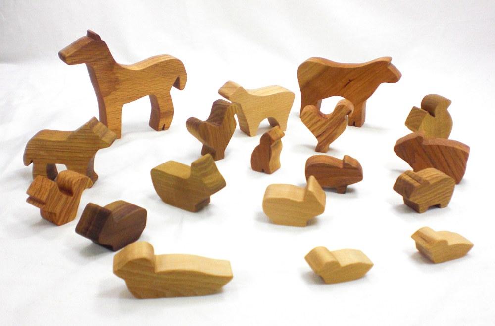 Barnyard in a Bag - Wood Farm Animal Toy Set