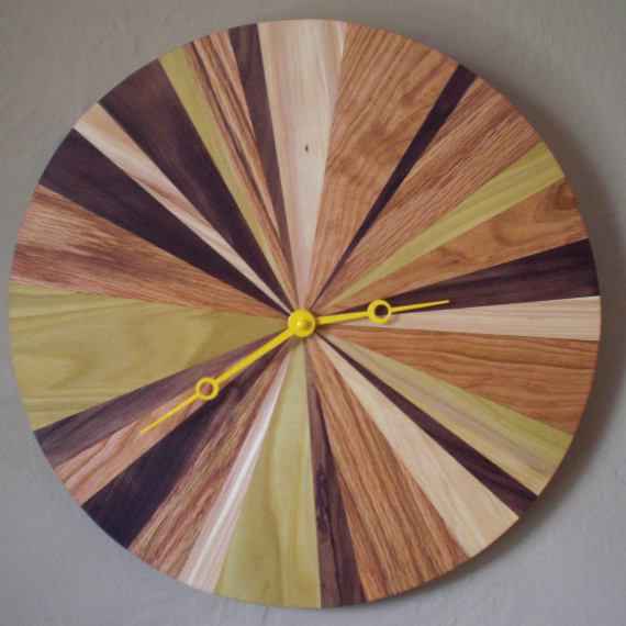 Happy Bungalow Five Grain Clock