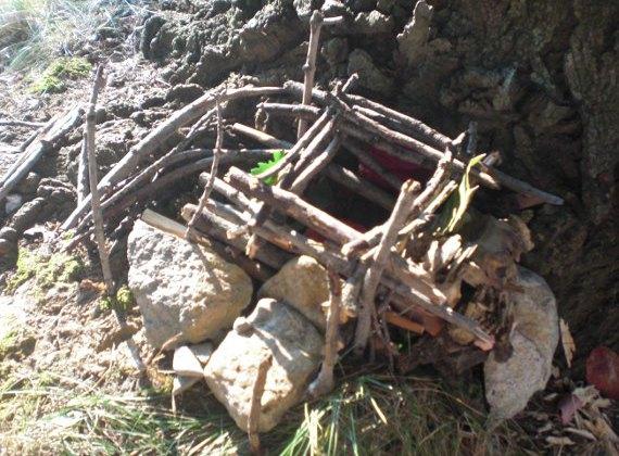 Happy-Bungalow-stick-house-outdoor-craft-alt001-570