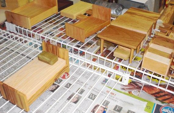 Happy-Bungalow-wood-dollhouse-furniture-minature-process-alt008-570