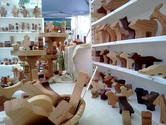 Happy-Bungalow-art-craft-show-setup-2013-09-08-alt002-570