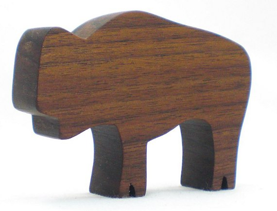 Happy-Bungalow-natural-wood-animal-child-safe-toy-beeswax-farm-wild-walnut-BISON-BUFFALO-alt001-570