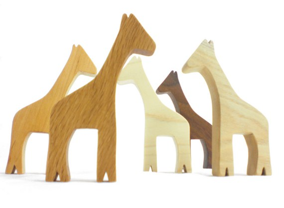 heirloom wood giraffe party favor