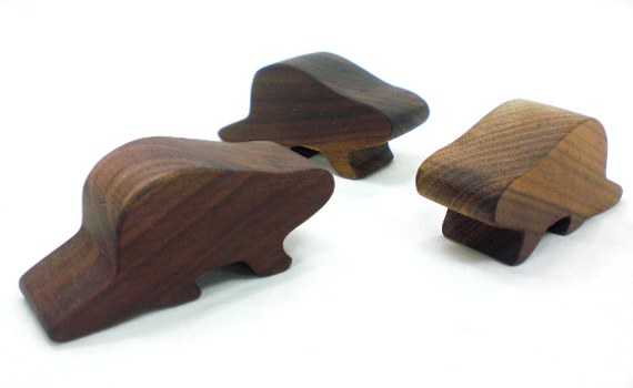 wooden animal toys - beavers