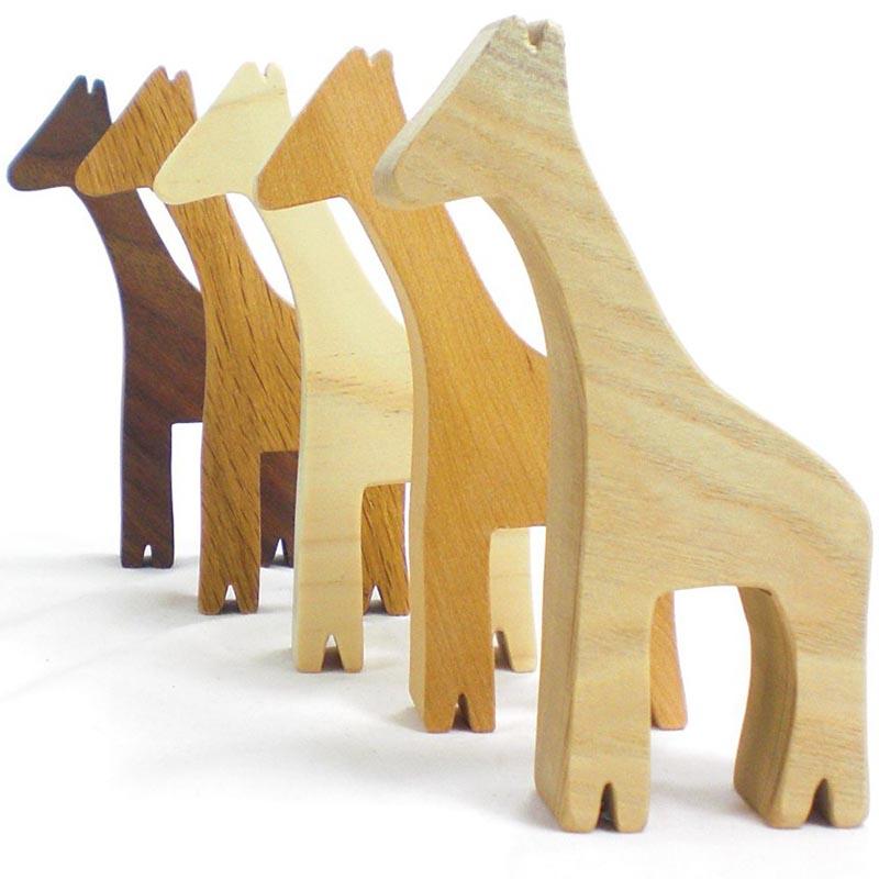 wood giraffe toys